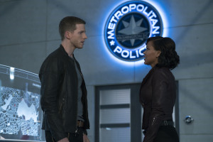 "MINORITY REPORT: L-R: Stark Sands as Dash and Megan Good as Det. Laura Vega in the all-new ""Fredi"" episode of MINORITY REPORT airing Monday, Oct. 12 (9:00-10:00 PM ET/PT) on FOX. CR: FOX. © 2015 FOX Broadcasting."