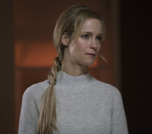"MINORITY REPORT: Laura Regan in the all-new ""The Present"" episode of MINORITY REPORT airing Monday, Oct. 19 (9:00-10:00 PM ET/PT) on FOX. © 2015 FOX Broadcasting Co. Cr: Katie Yu / FOX."