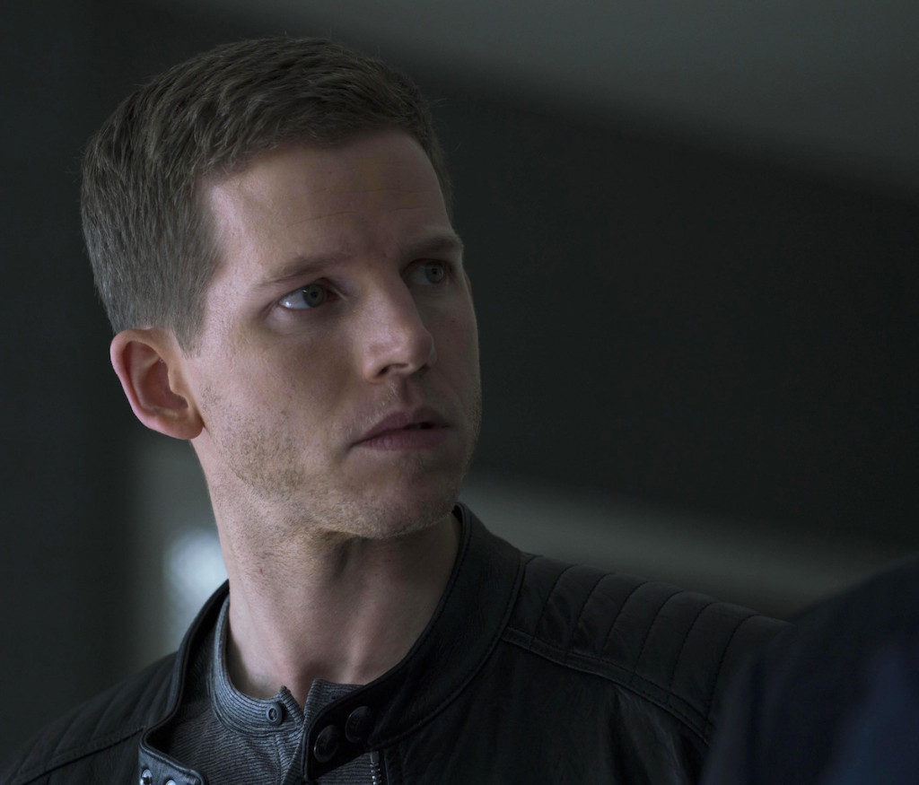 "MINORITY REPORT: Stark Sands in the all-new ""The Present"" episode of MINORITY REPORT airing Monday, Oct. 19 (9:00-10:00 PM ET/PT) on FOX. © 2015 FOX Broadcasting Co. Cr: Katie Yu / FOX."